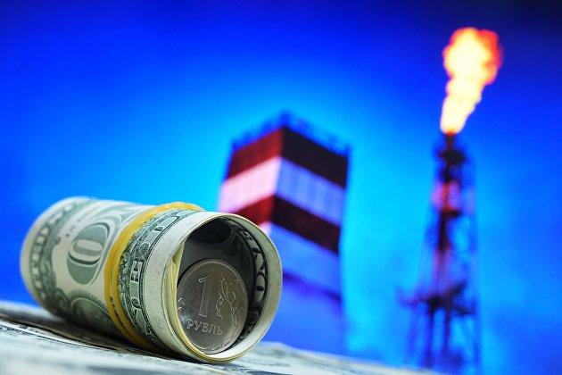 Нефть дешевеет перед выходом официальной статистики по запасам в США
