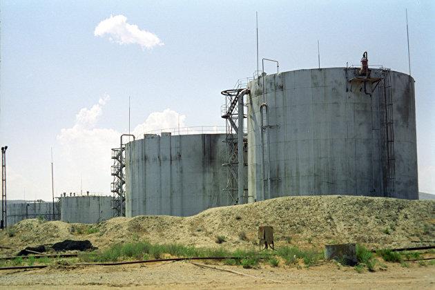 Нефть дорожает на публикации данных о снижении ее запасов в США