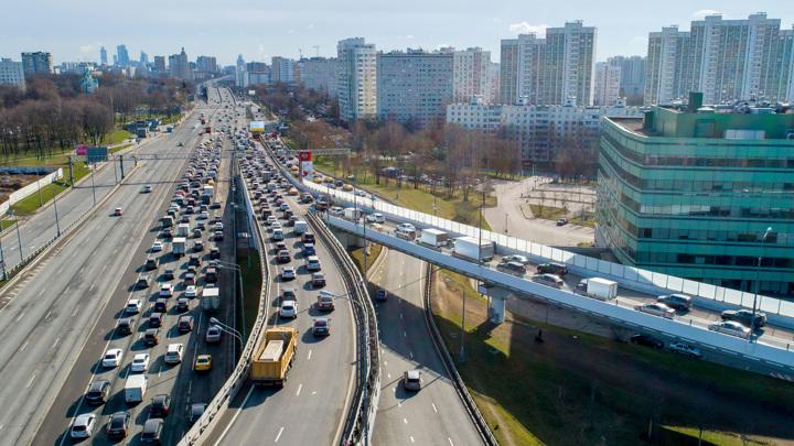 Дептранс назвал самое распространенное нарушение ПДД в Москве