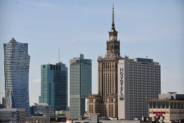 Польша закрыла свое небо для белорусских самолетов
