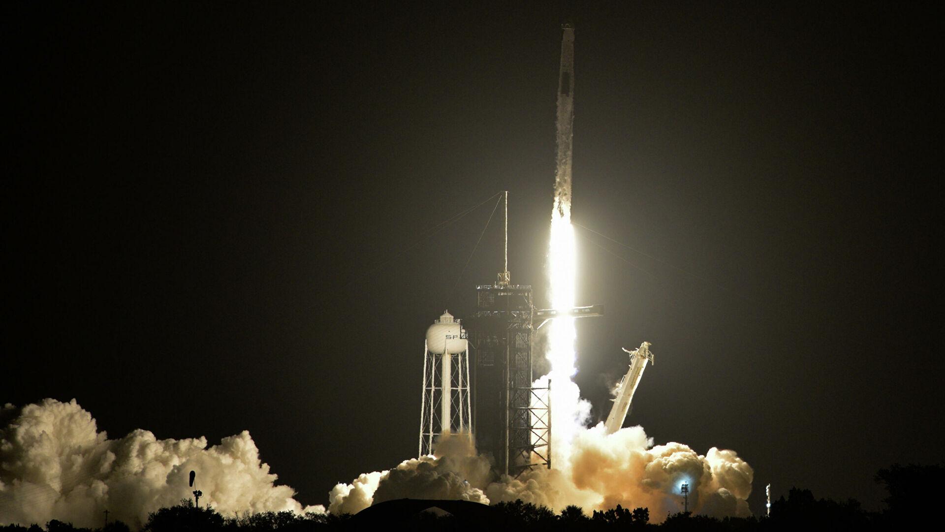 Во Флориде стартовала Falcon 9 с группой спутников