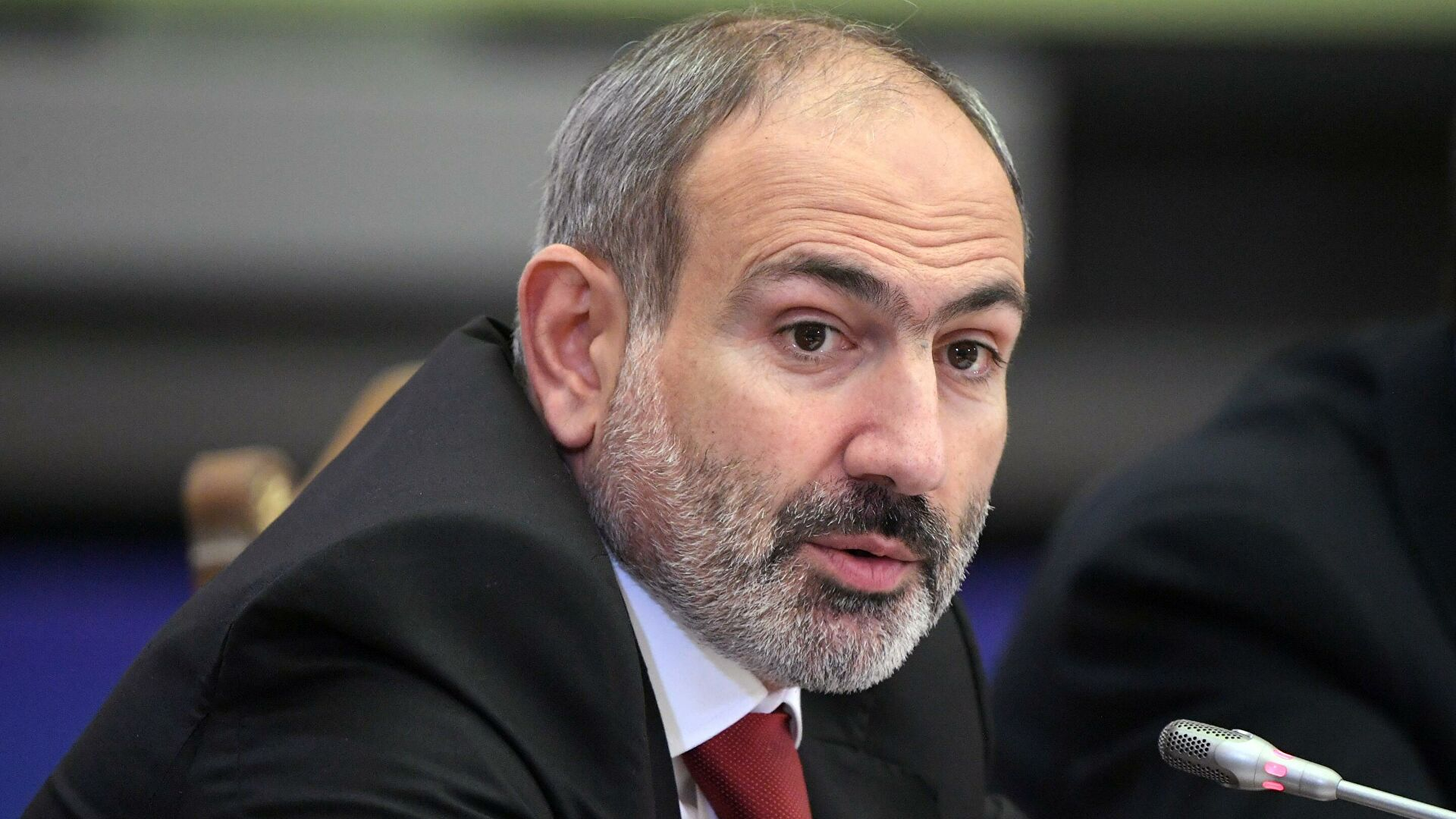 Пашинян прокомментировал пленение армянских военных Азербайджаном