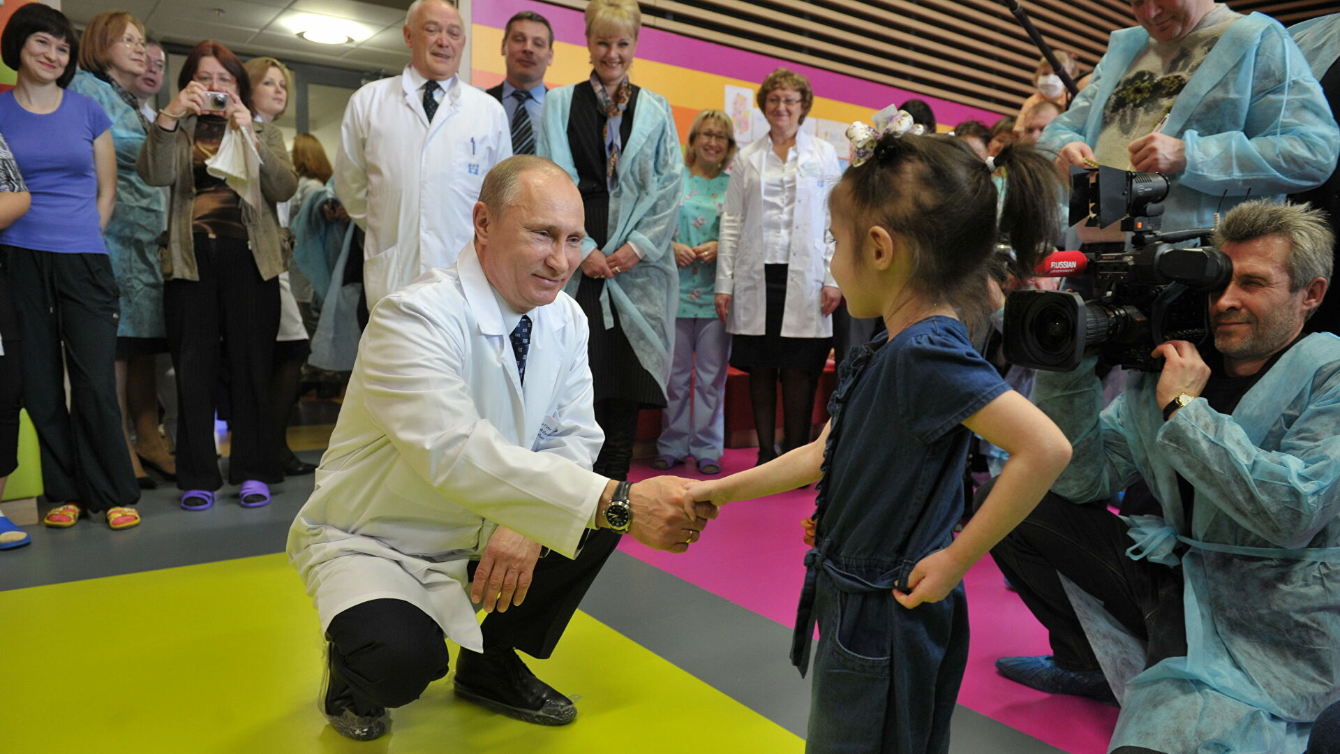 Путин рассказал об истории создания центра имени Димы Рогачева