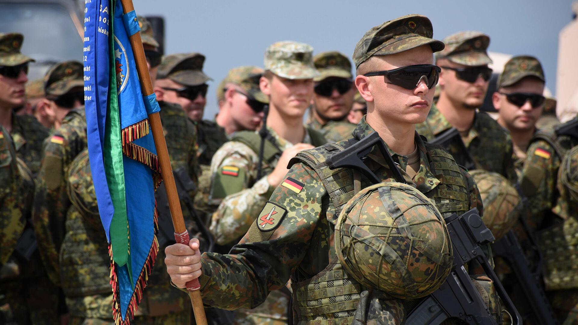 В ФСБ отметили увеличение активности НАТО на границе с Россией