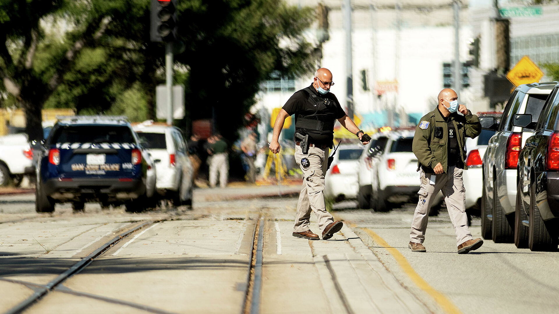 Число жертв стрельбы в Калифорнии возросло до девяти человек
