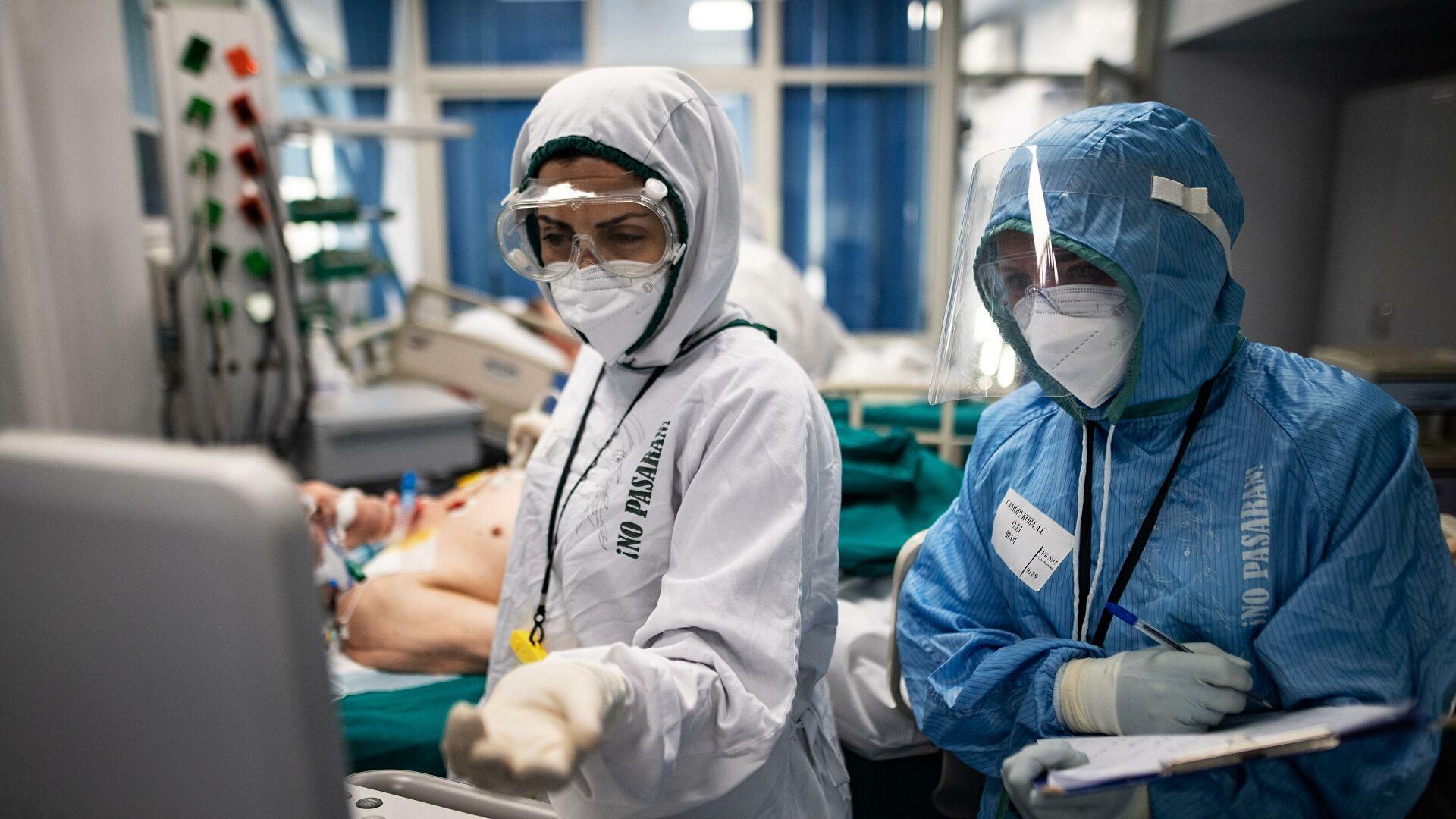В России за сутки умерли 402 человека с коронавирусом