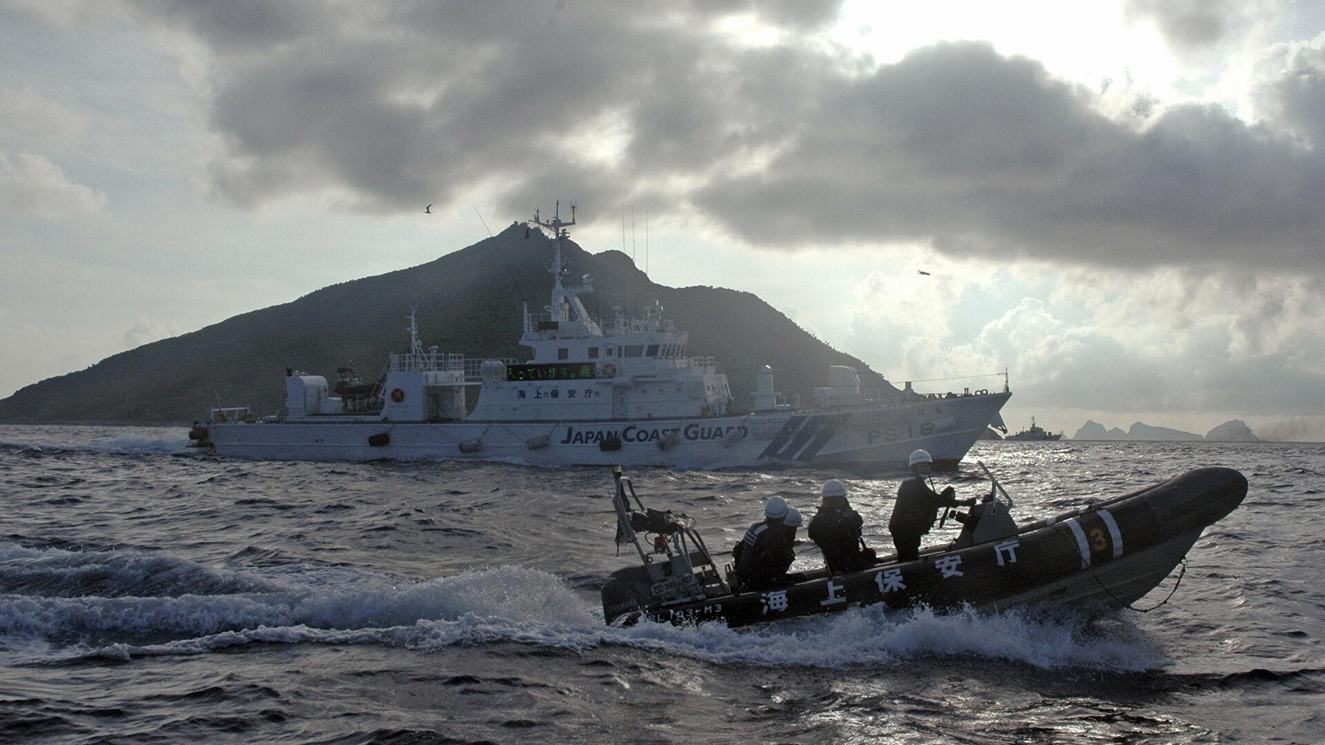 Генконсул России сообщил детали столкновения судов в Охотском море