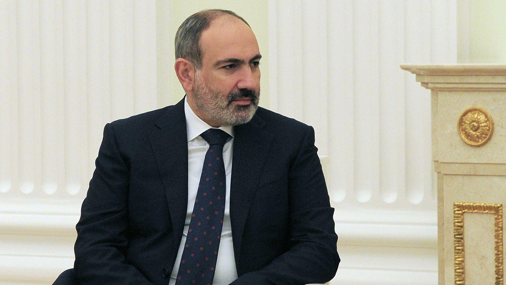 Пашинян предложил разместить на границе международных наблюдателей