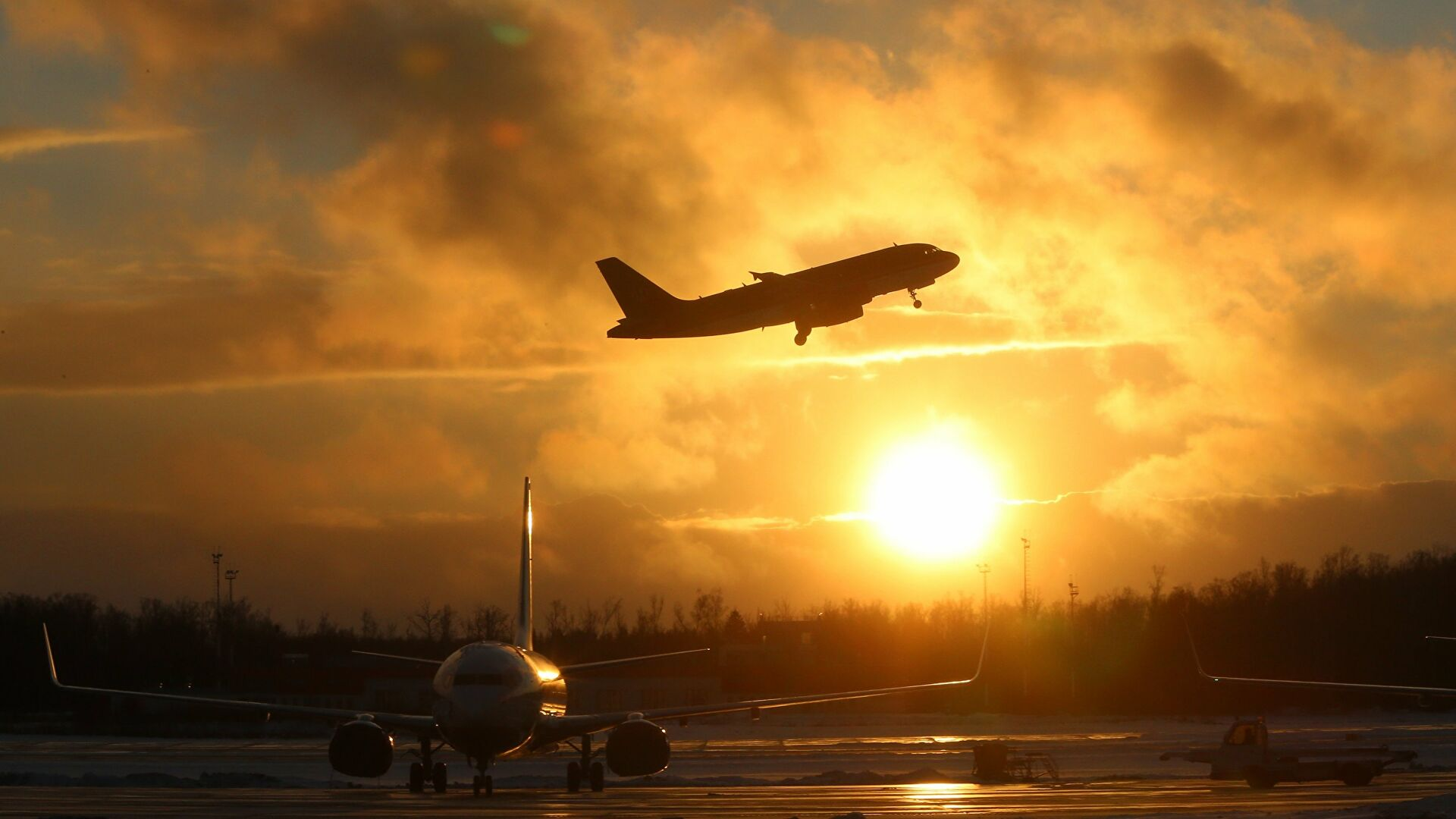 РБК: Россия разрешит прилет рейсов из Европы в обход Белоруссии