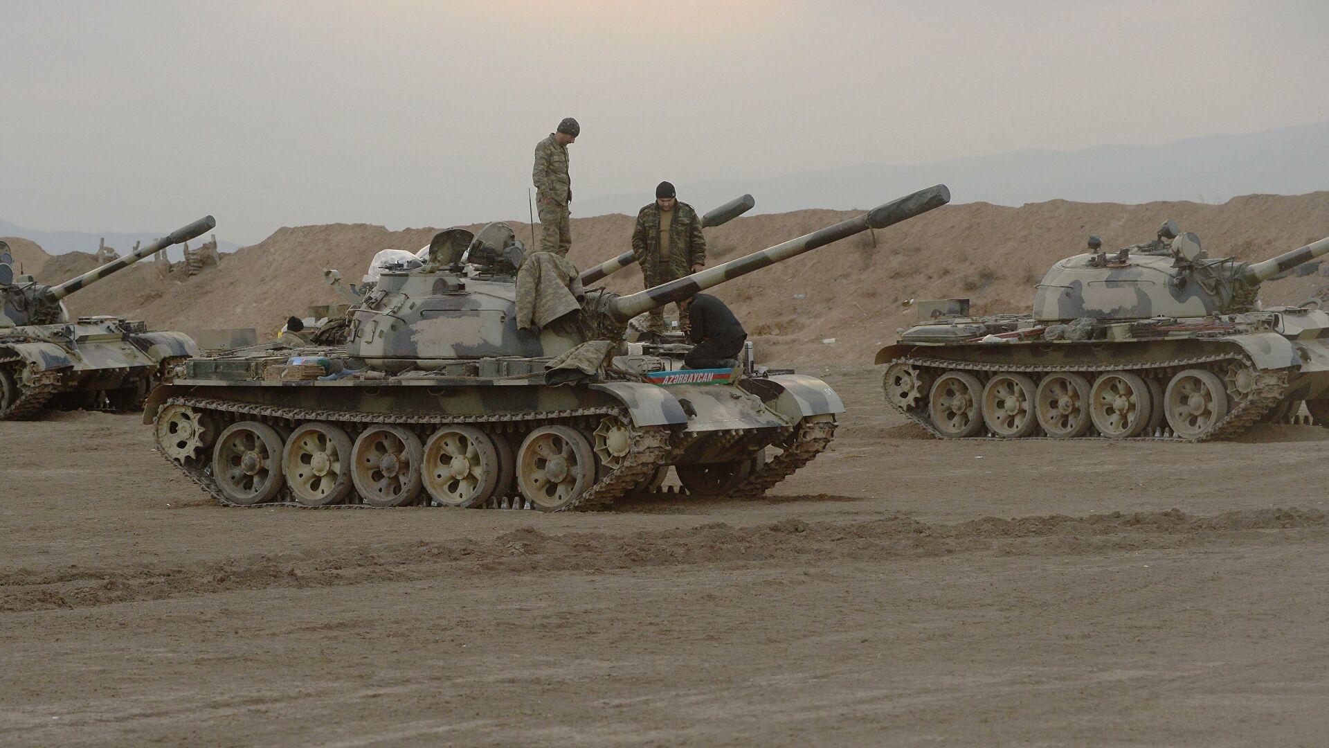 Азербайджан заявил об обстреле своих позиций на границе с Арменией