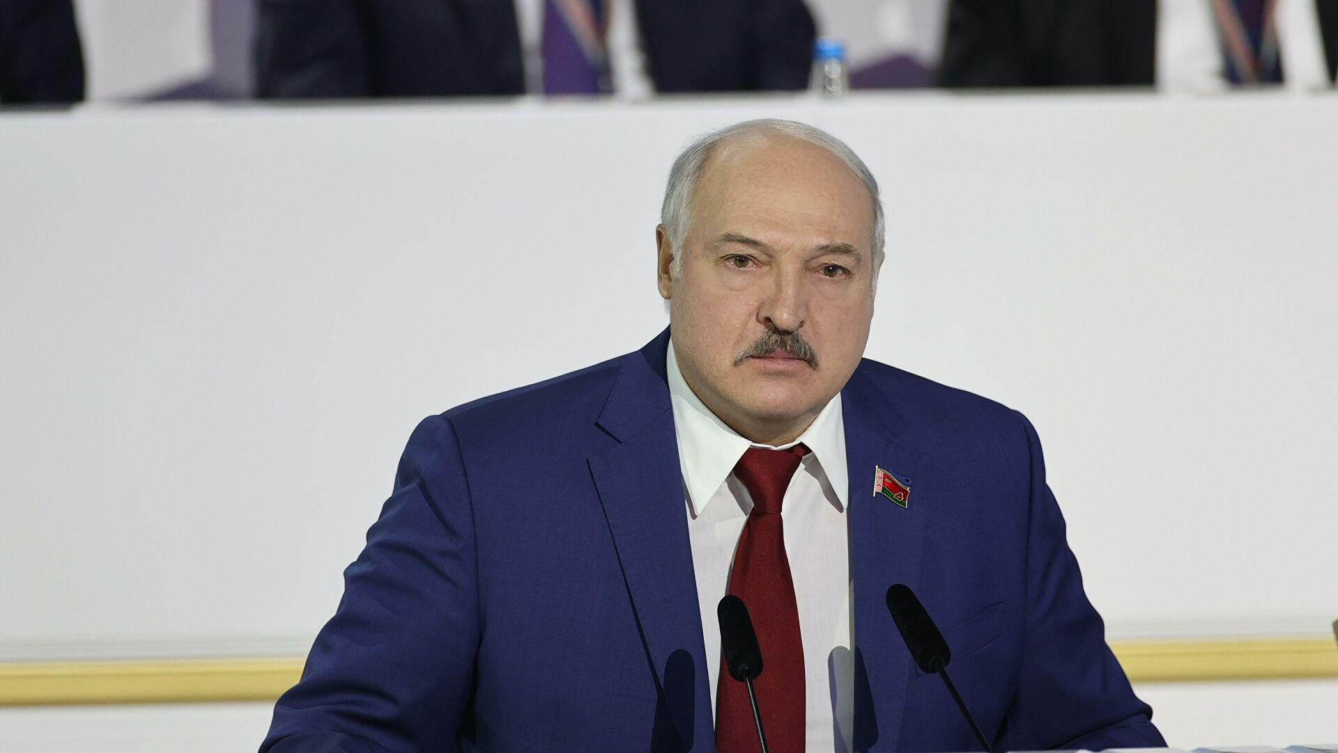 Лукашенко рассказал о разработках белорусской вакцины от COVID-19