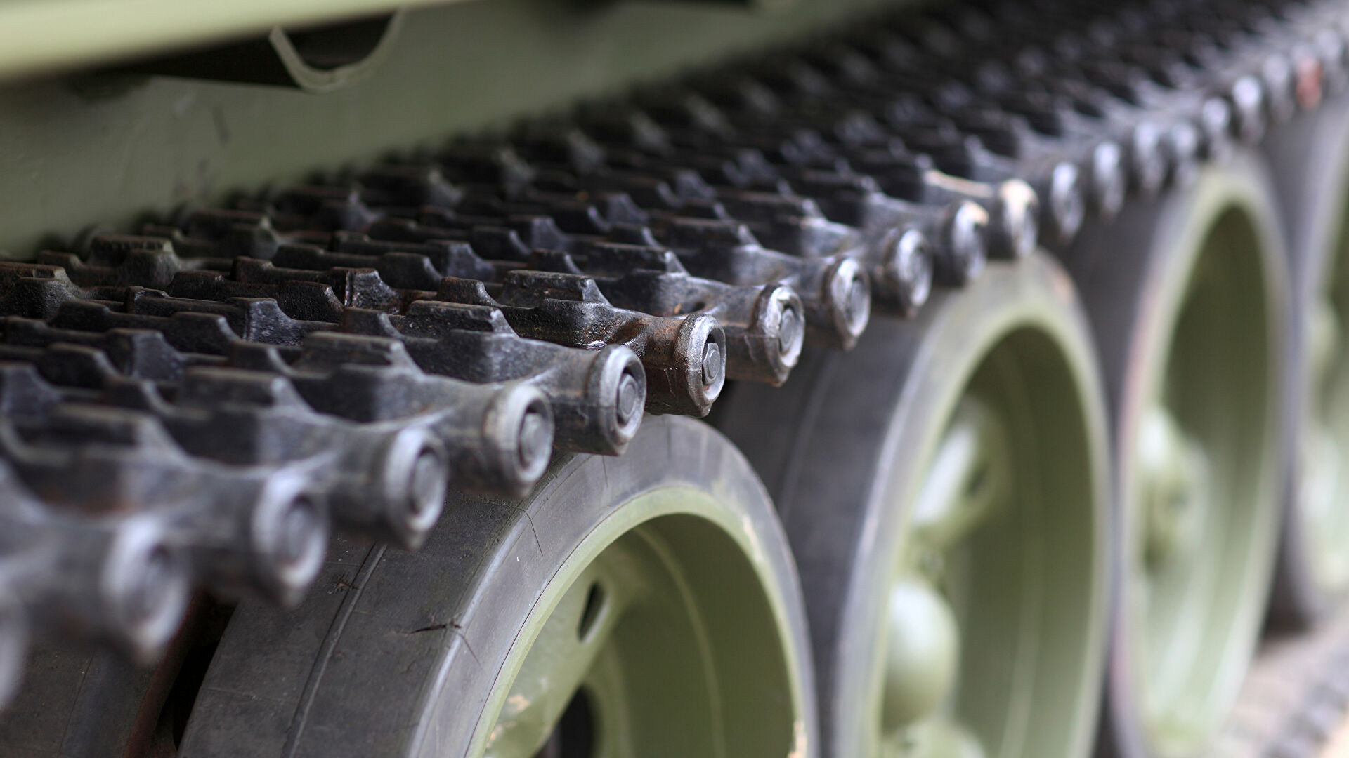 СМИ: в России разрабатывают первые образцы тяжелого робота