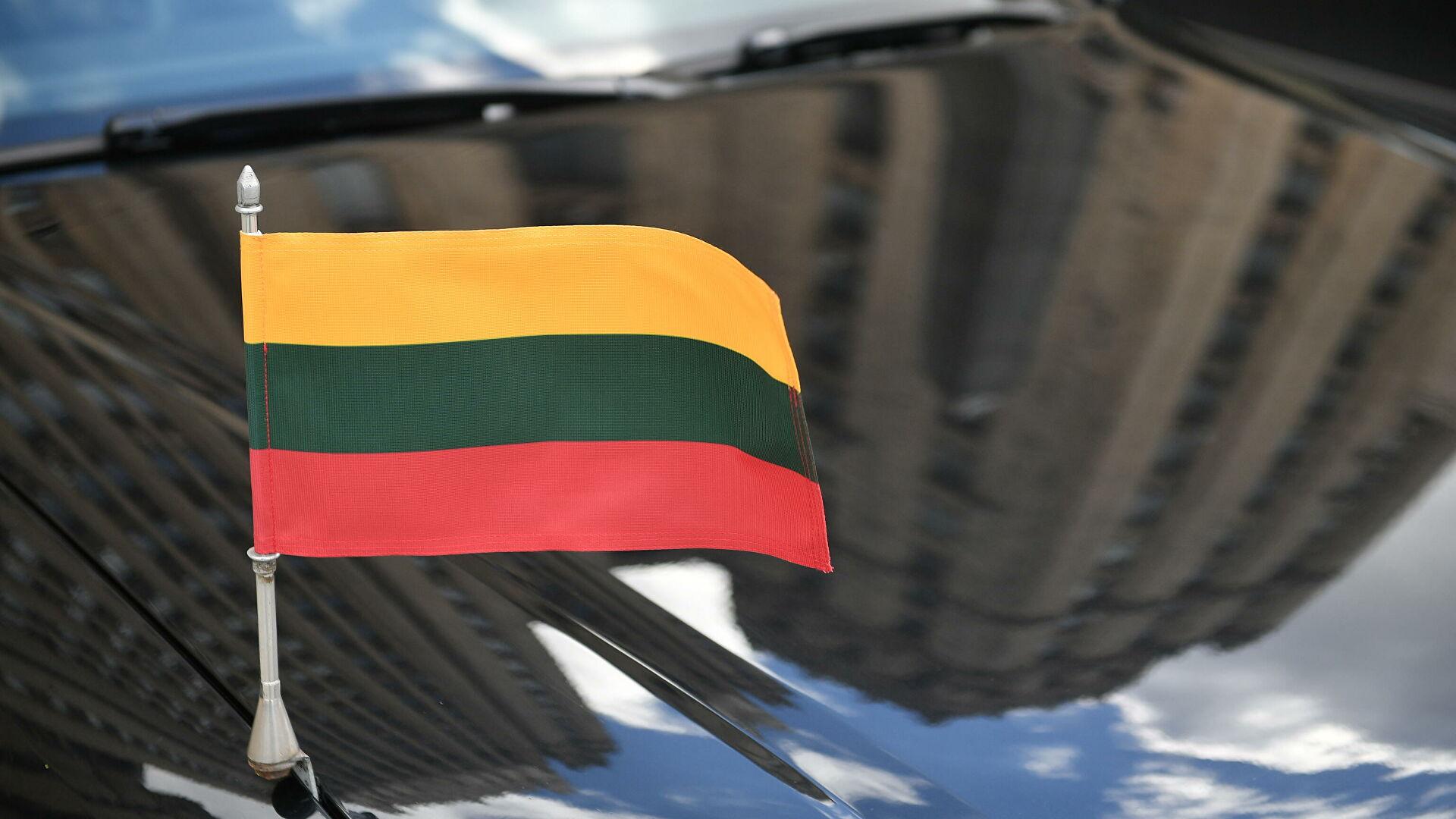 Литва высылает двух белорусских дипломатов