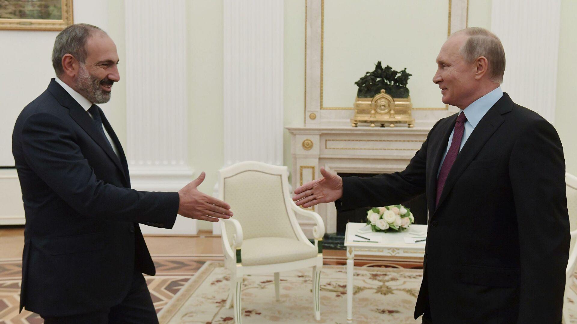 Пашинян заявил о хороших и теплых отношениях с Путиным