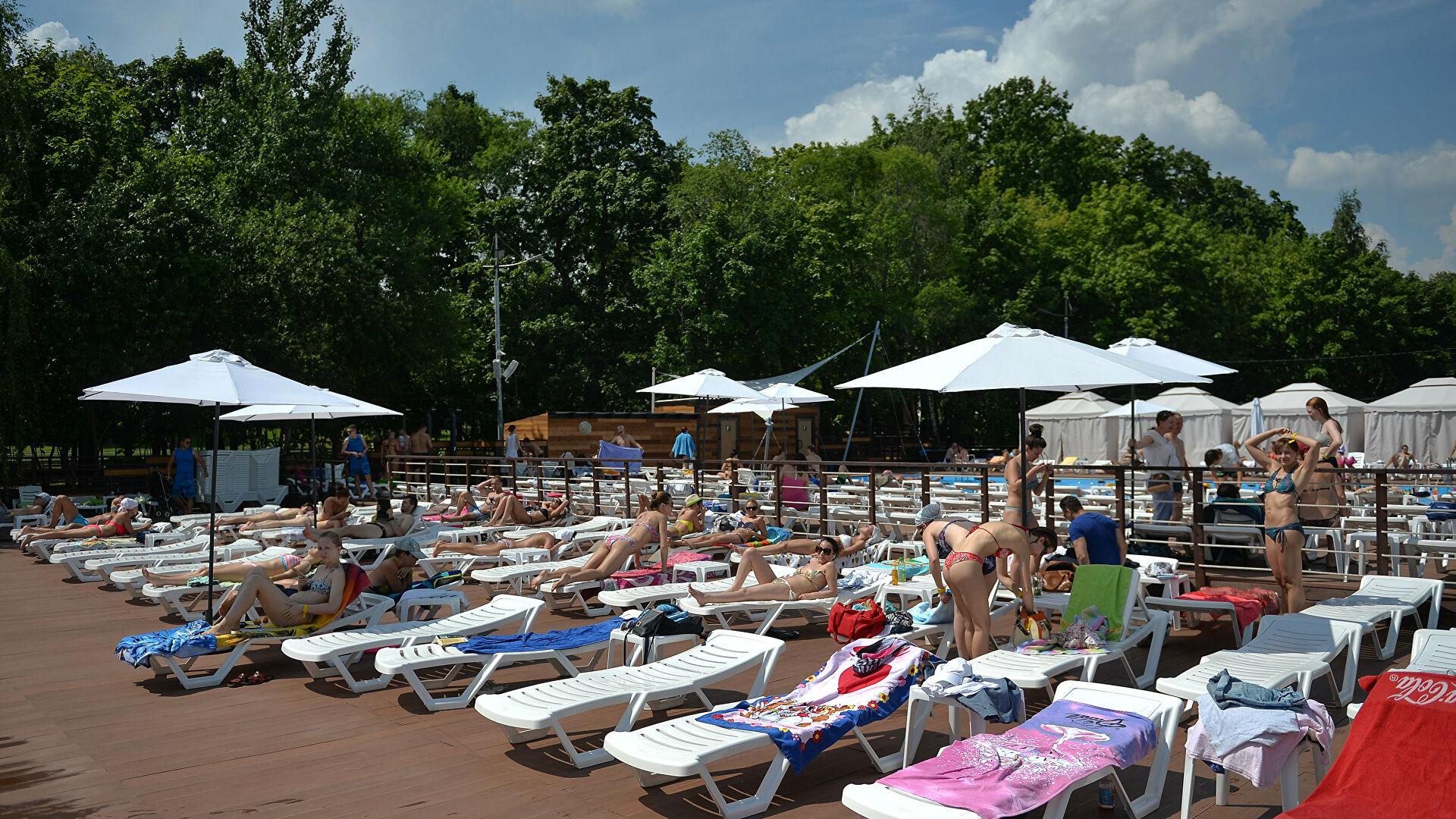 Роспотребнадзор одобрил восемь зон для купания в водоемах Москвы