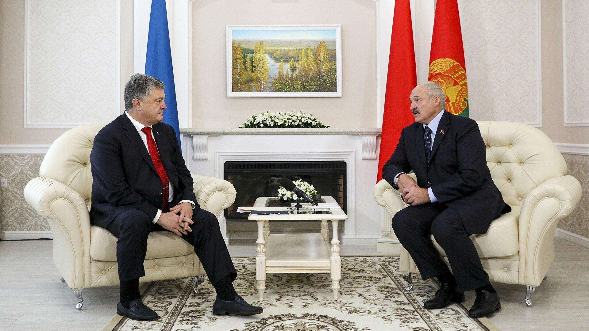 Лукашенко рассказал об откровенной беседе с Порошенко