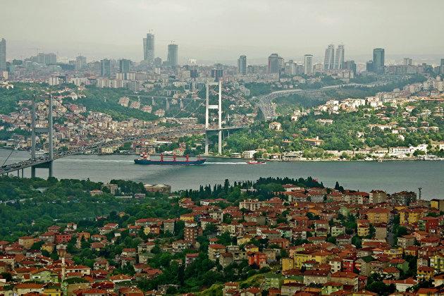 Движение по Босфору в Стамбуле возобновлено