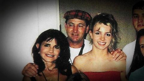 Выяснилось, что мать Бритни Спирс тратила деньги дочери на свои нужды