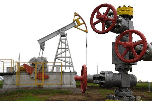 России предсказали рекордный рост нефтедобычи в 2022 году