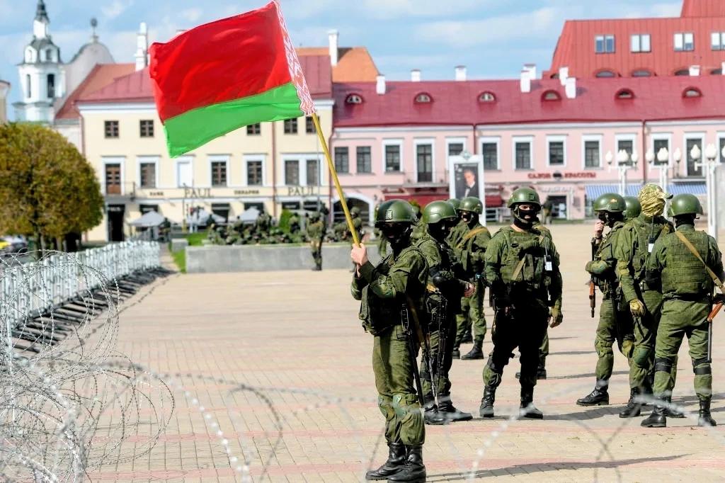 Лукашенко готовит своего сына к престолу и это не Коля