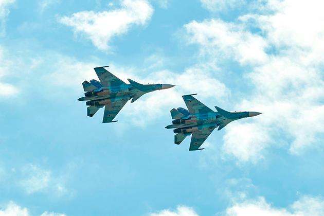 Готовность к бою. Российские летчики получили новое личное оружие