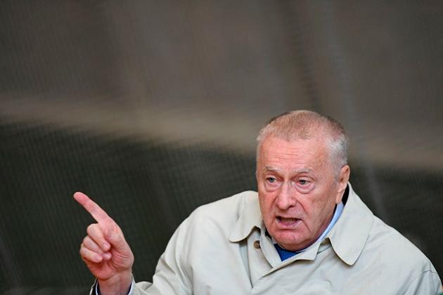 Жириновский захотел сослать в Сибирь Кокорина и Мамаева.